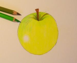 Рисуем яблоко цветными карандашами - шаг 6