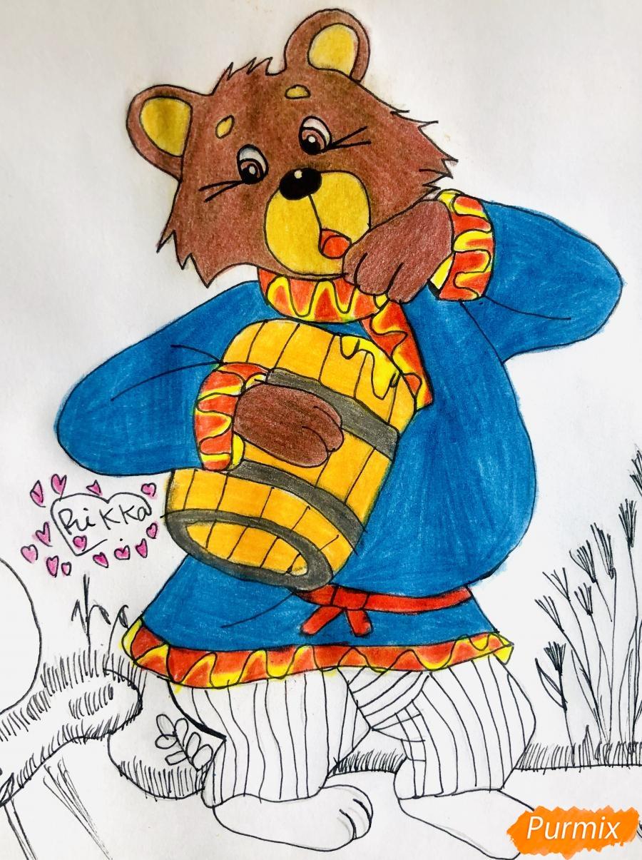 Рисуем колобка мишку и цветными карандашами - шаг 9