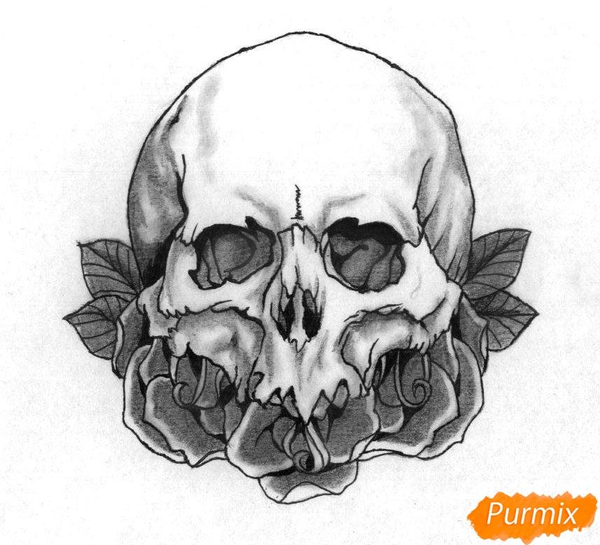 Рисуем череп с розами - шаг 5