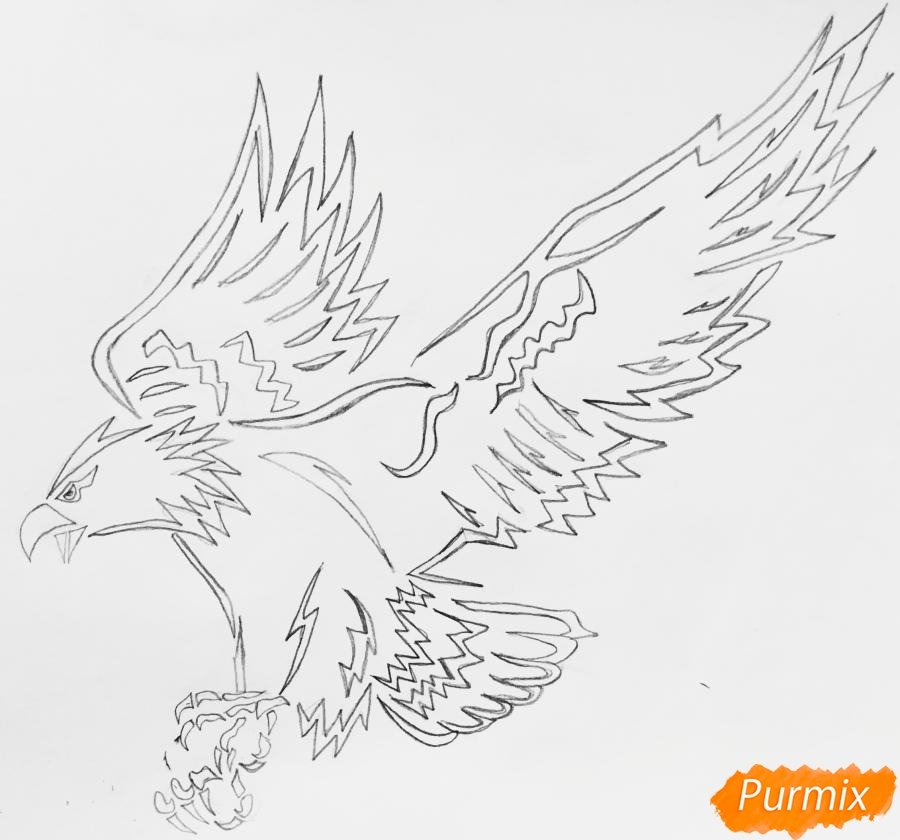 Рисуем коршуна в стиле тату - шаг 5