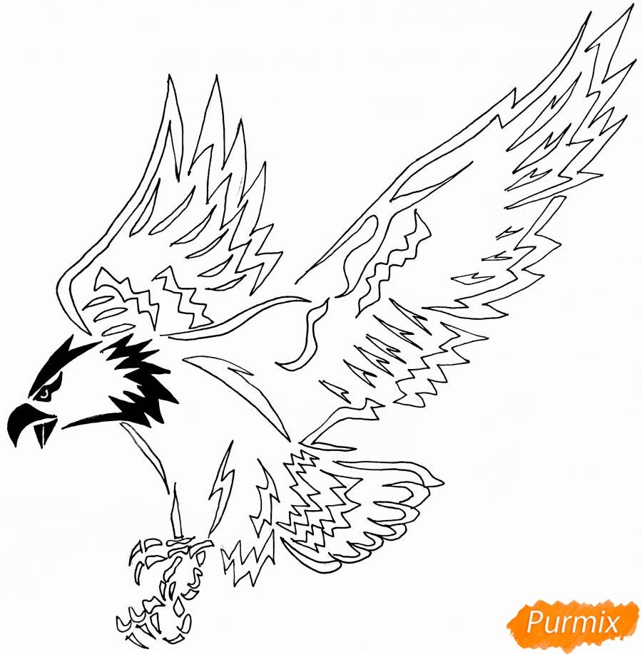 Рисуем коршуна в стиле тату - шаг 7