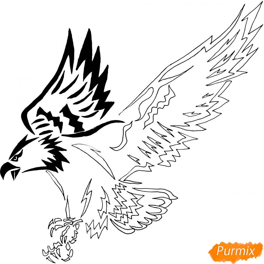 Рисуем коршуна в стиле тату - шаг 8