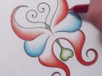 Фото абстрактную бабочку карандашом