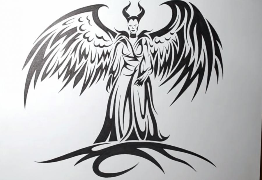 Рисуем Малефисенту в стиле тату на бумаге - шаг 7