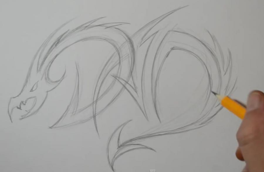 Рисуем татуировку дракона на бумаге - шаг 3