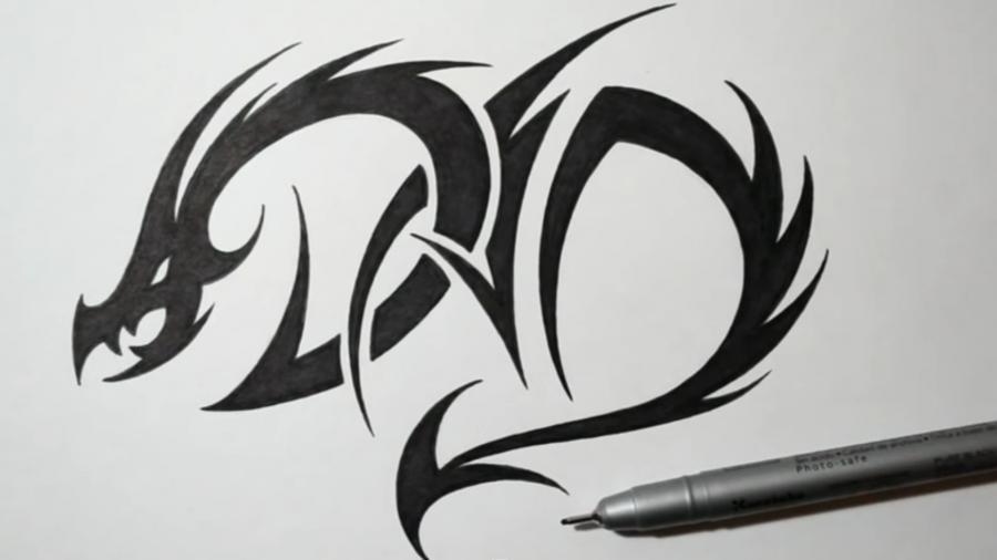 Рисуем татуировку дракона на бумаге - шаг 5