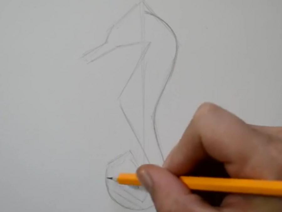 Рисуем татуировку морского конька - шаг 1