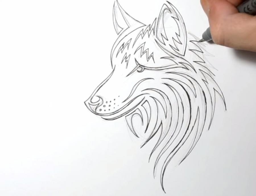 Учимся рисовать голову волка в стиле тату на бумаге