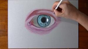 Видео урок как нарисовать живой глаз на бумаге