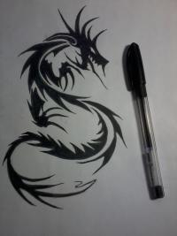 Как нарисовать татуировку дракона карандашом и маркером