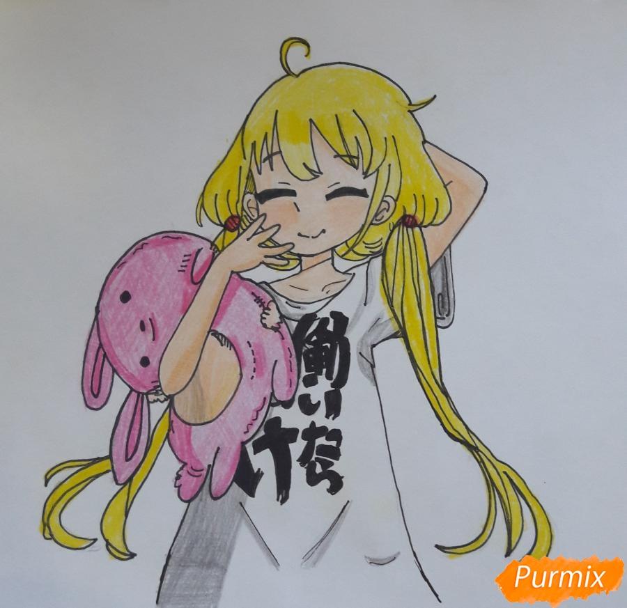Рисуем анимешную девочку с плюшевым кроликом в руках карандашами - шаг 9