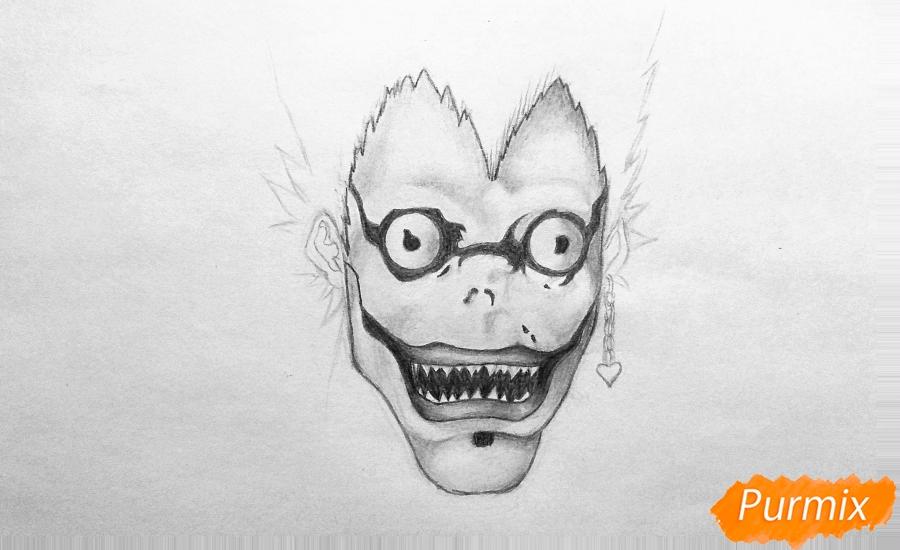 Рисуем бога смерти Рюка из аниме Тетрадь смерти карандашами - шаг 2