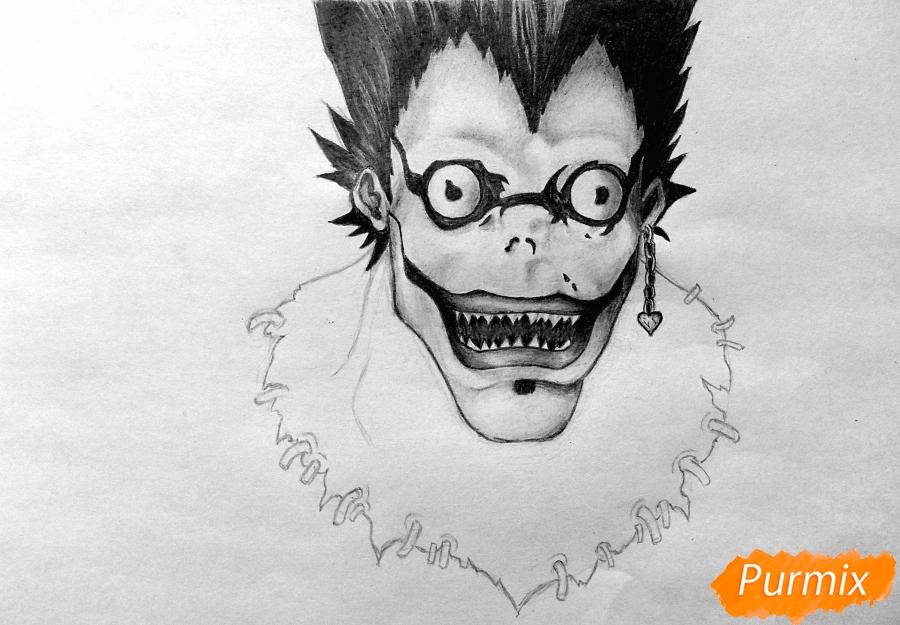 Рисуем бога смерти Рюка из аниме Тетрадь смерти карандашами - шаг 4