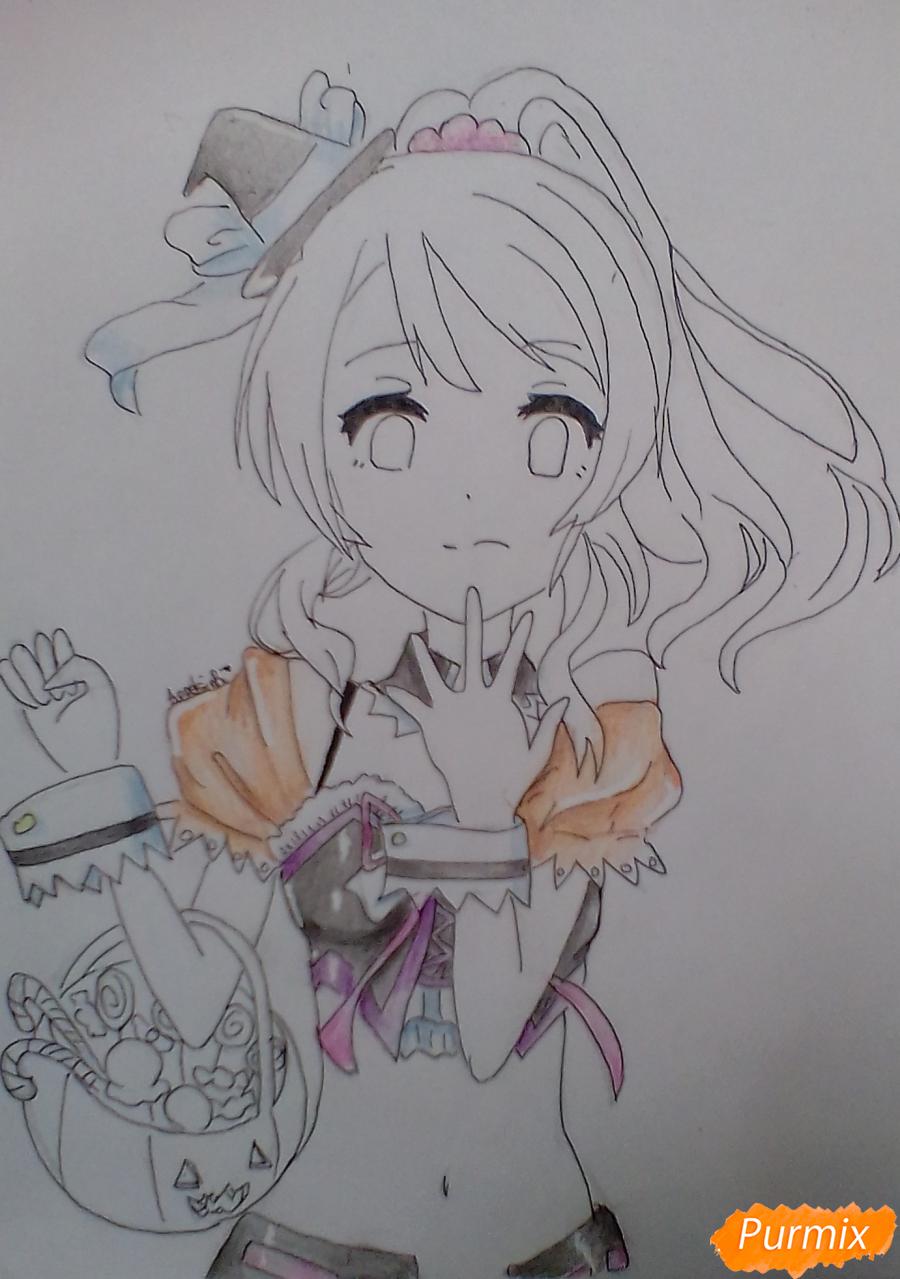 Рисуем Эри Аясе из аниме Live Love карандашами - шаг 8