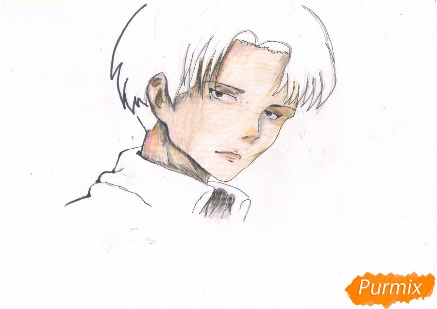 Рисуем портрет Леви Капрала цветными карандашами - шаг 6