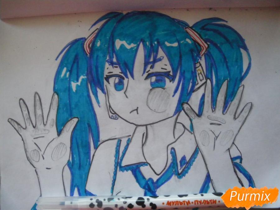Рисуем фломастерами Хатсуне Мику за стеклом - шаг 9