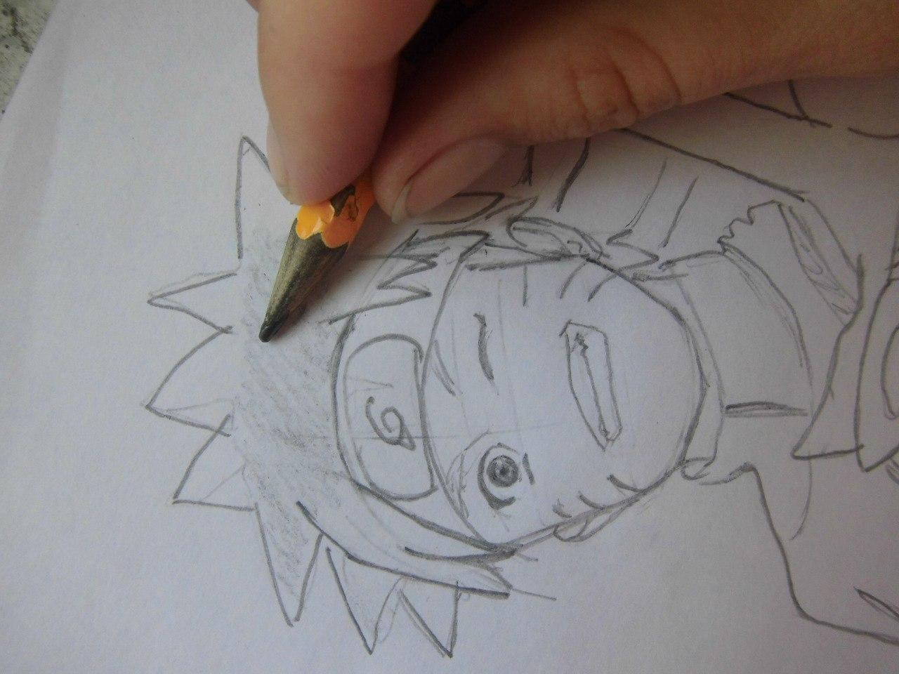 Рисуем Наруто с ножом - шаг 6