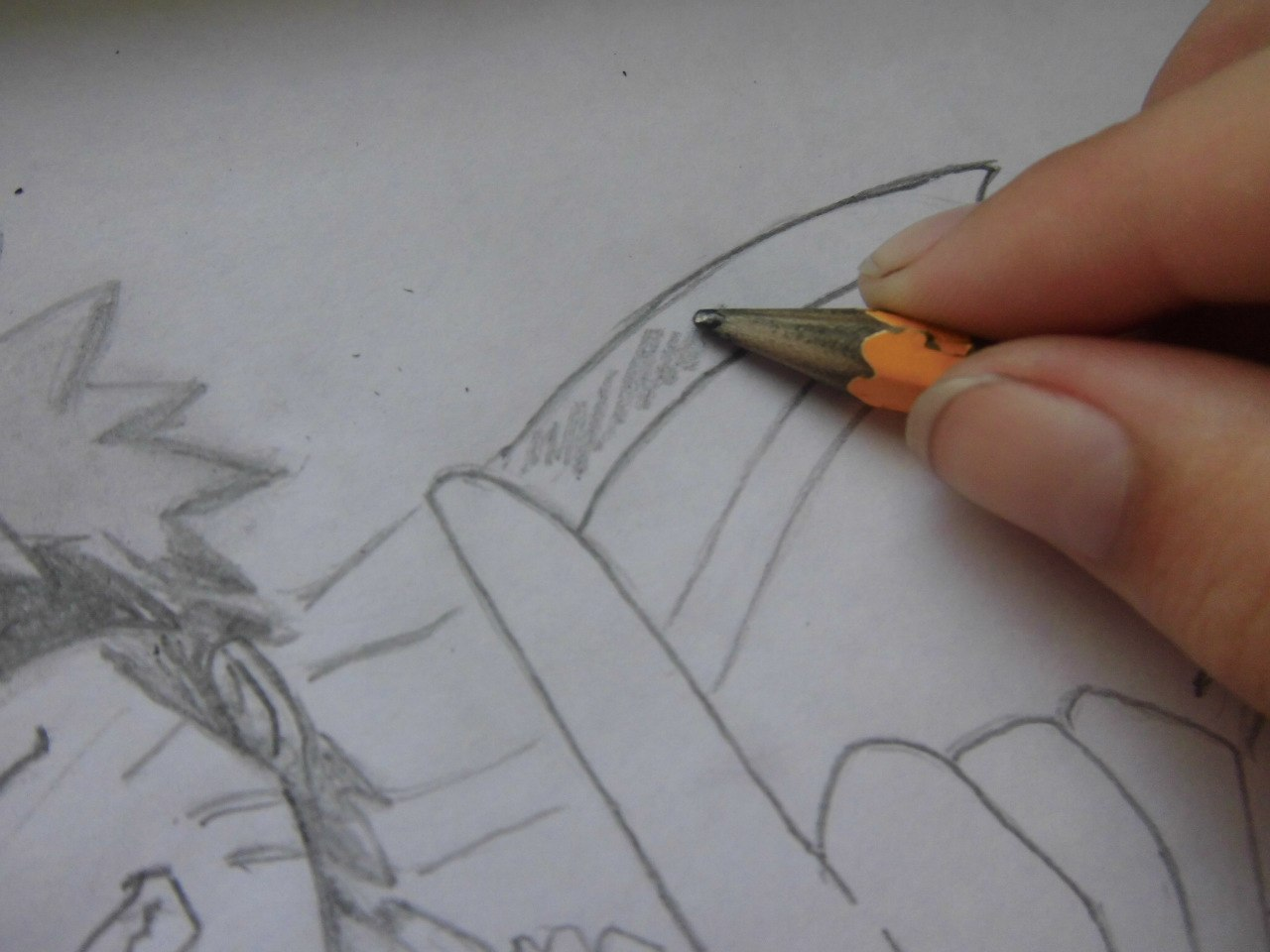 Рисуем Наруто с ножом - шаг 8