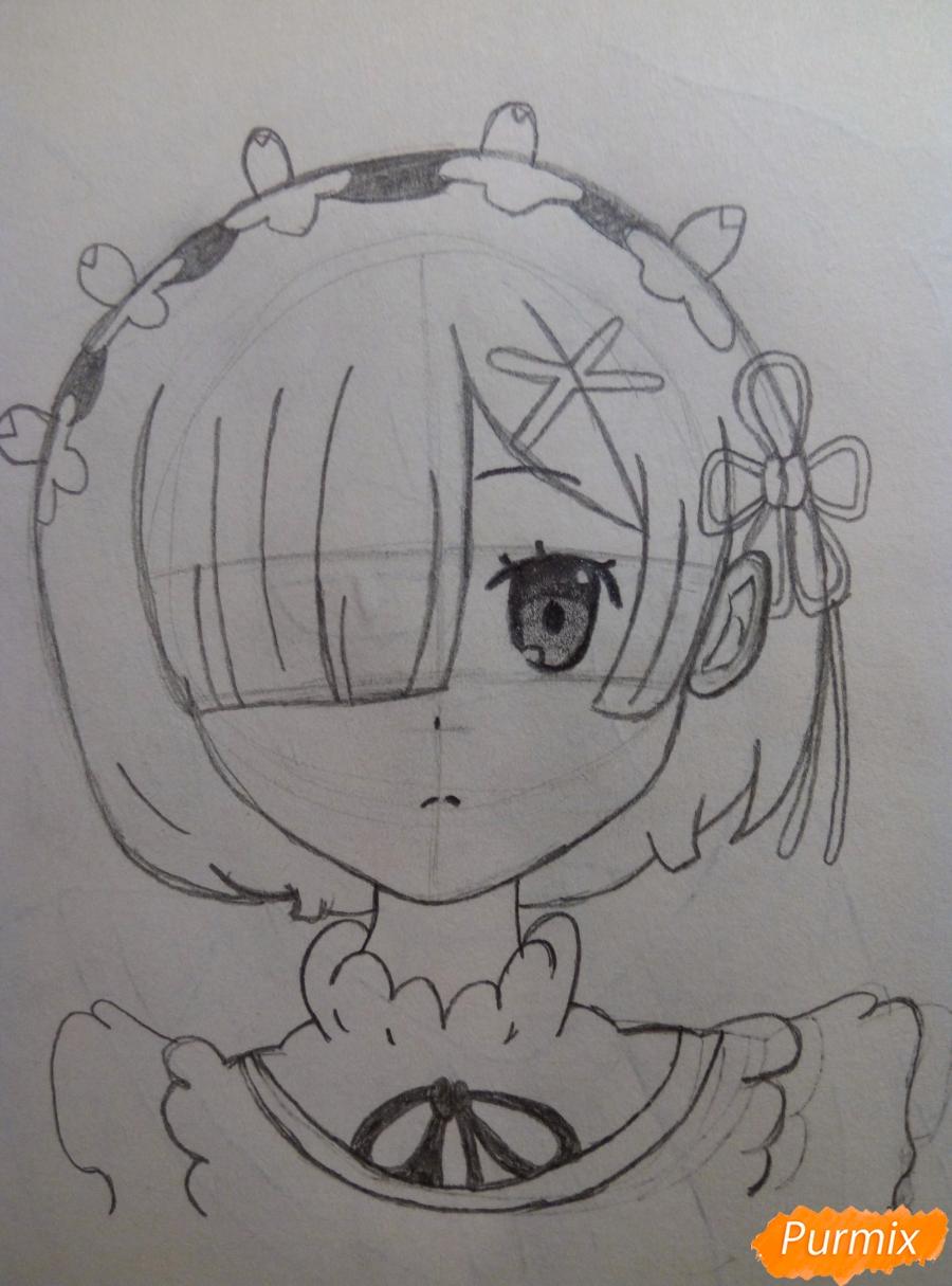Рисуем портрет Рем простыми карандашами - шаг 6