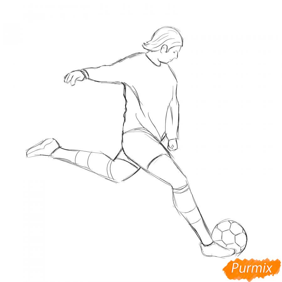 Рисуем бегущего футболиста с мячом - шаг 4