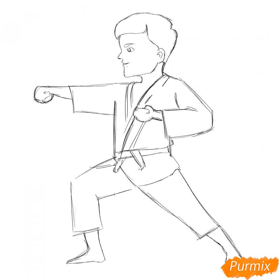 Рисуем каратиста карандашами - шаг 5