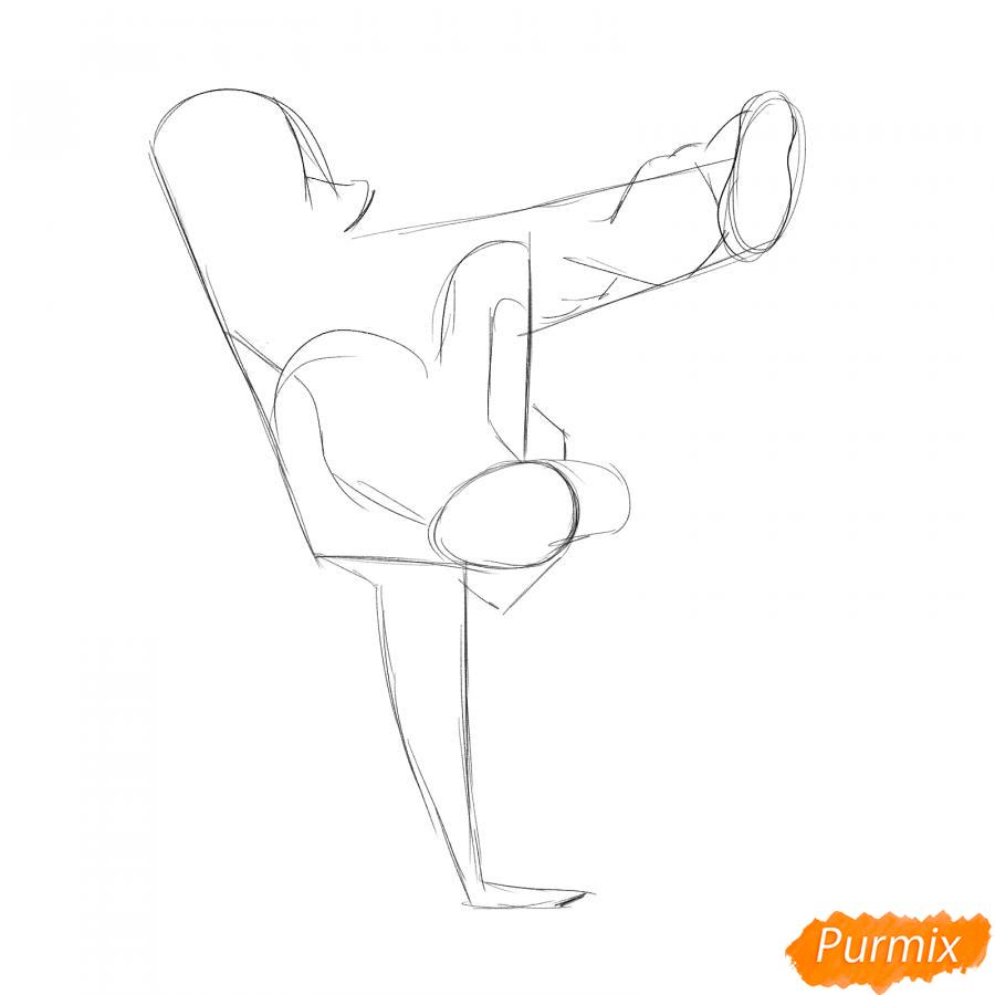 Рисуем парня танцующего брейк-данс - шаг 3