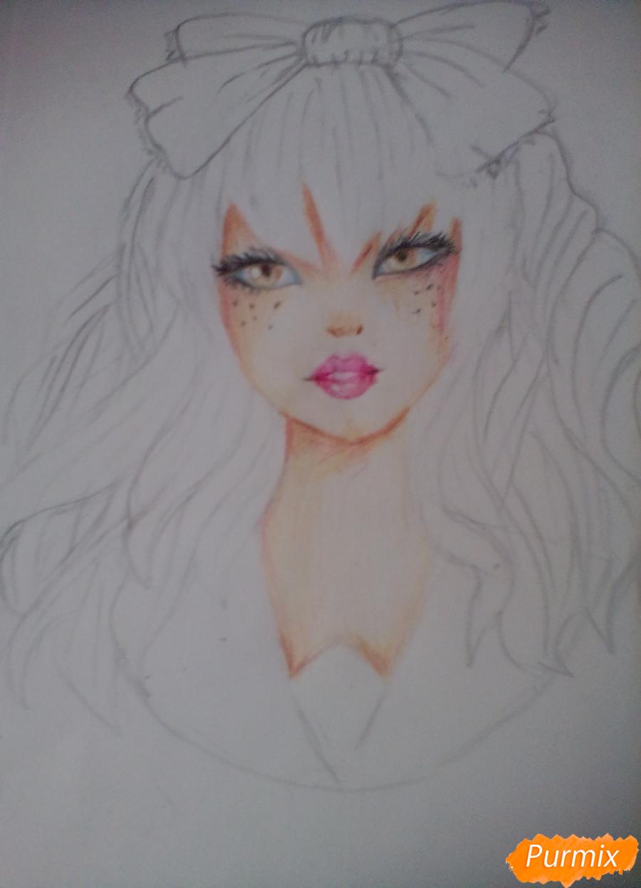 Рисуем портрет певицы Melanie Martinez из клипа Dollhouse - шаг 9