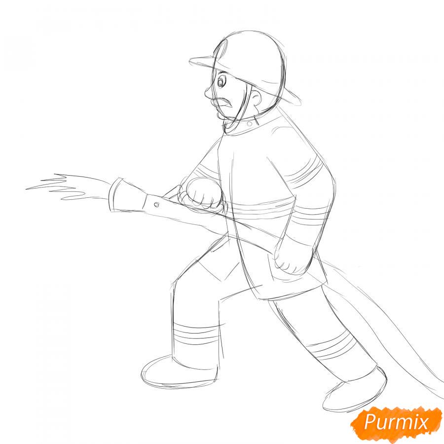 Рисуем пожарного который тушит огонь - шаг 3