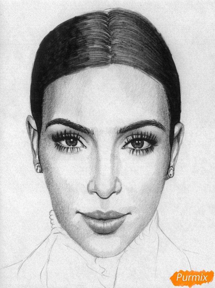 Рисуем портрет Ким Кардашян карандашами и черной ручкой - шаг 4