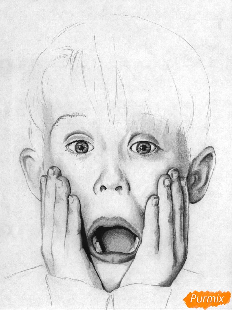 Рисуем портрет Маколея Калкина из фильма Один дома - шаг 4