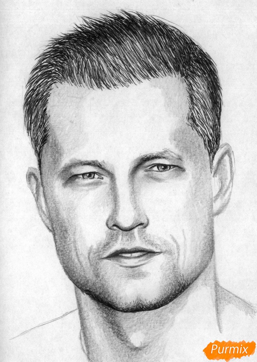 Рисуем портрет Тиль Швайгера карандашами и чёрной ручкой - шаг 4