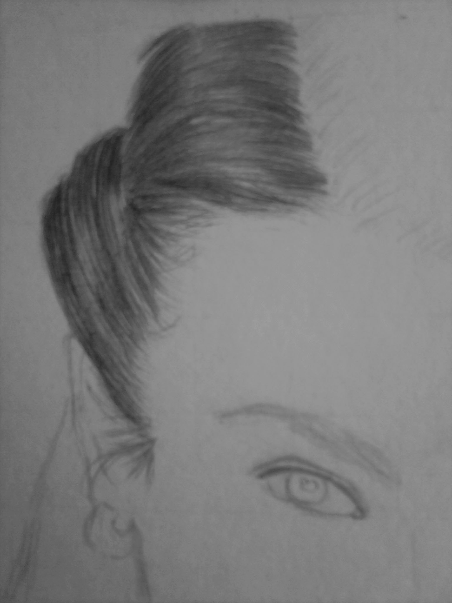 Рисуем темноволосую девушку