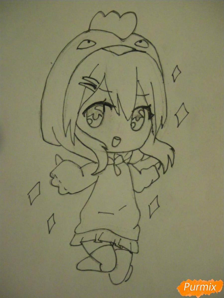 Рисуем чиби девочку в костюме петушка карандашами - шаг 7