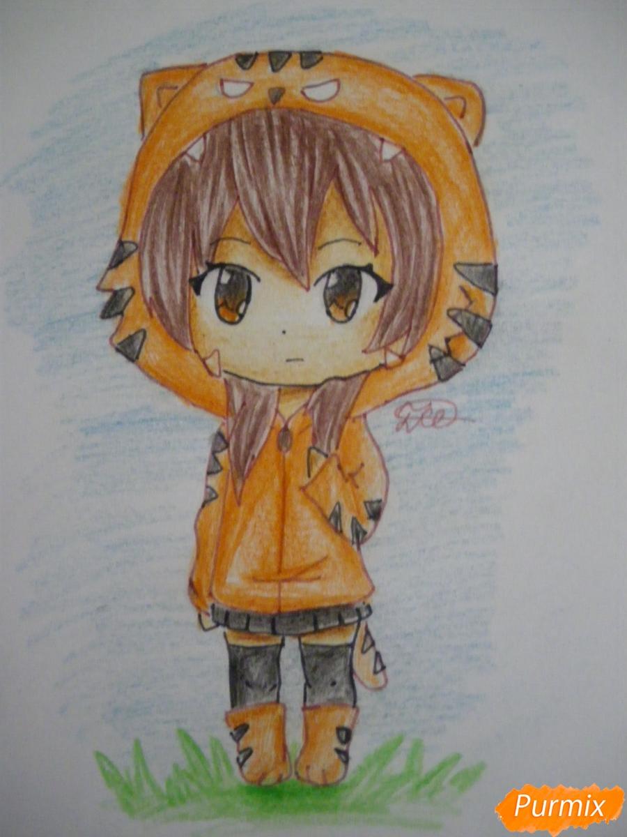 Рисуем чиби девочку в костюме тигра карандашами - шаг 8