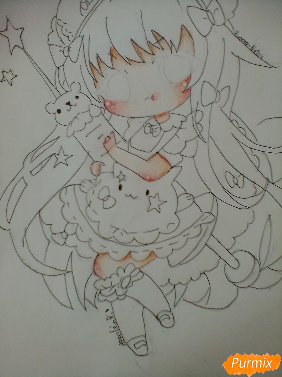 Рисуем медсестру в стиле чиби карандашами - шаг 10