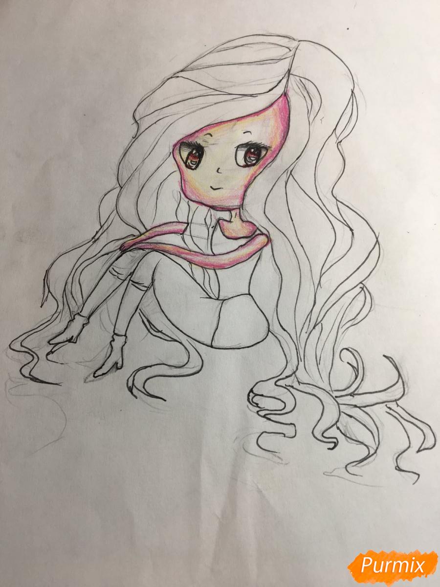 Рисуем сидящую чиби девочку с длинными волосами - шаг 9