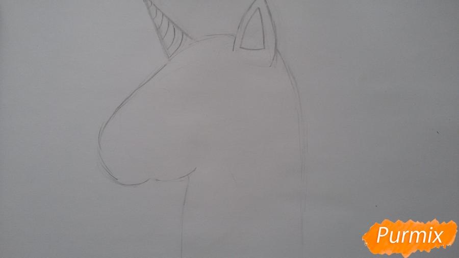 Рисуем голову единорожка - шаг 2