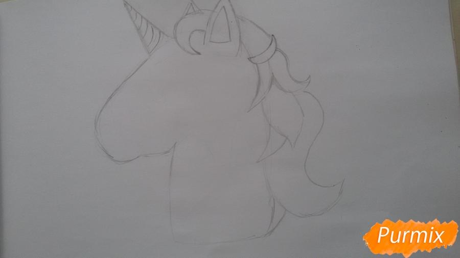 Рисуем голову единорожка - шаг 3