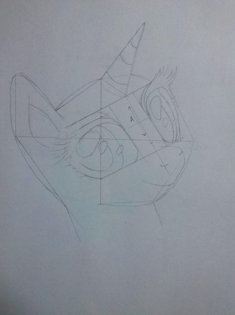 Рисуем портрет Рарити цветными карандашами - шаг 4