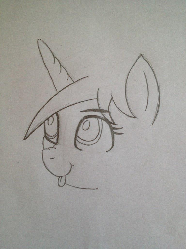 Рисуем пони Винил Скретч из My Little Pony - шаг 4