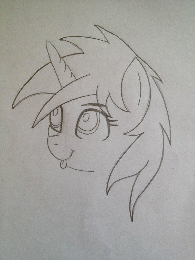 Рисуем пони Винил Скретч из My Little Pony - шаг 5