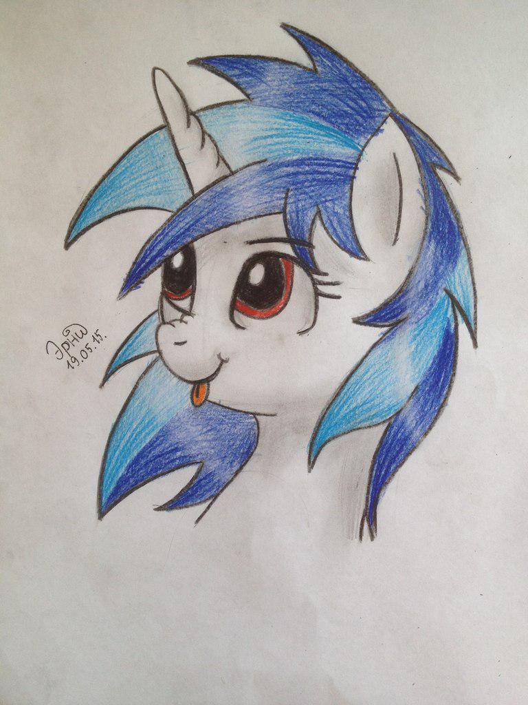 Рисуем пони Винил Скретч из My Little Pony - шаг 8