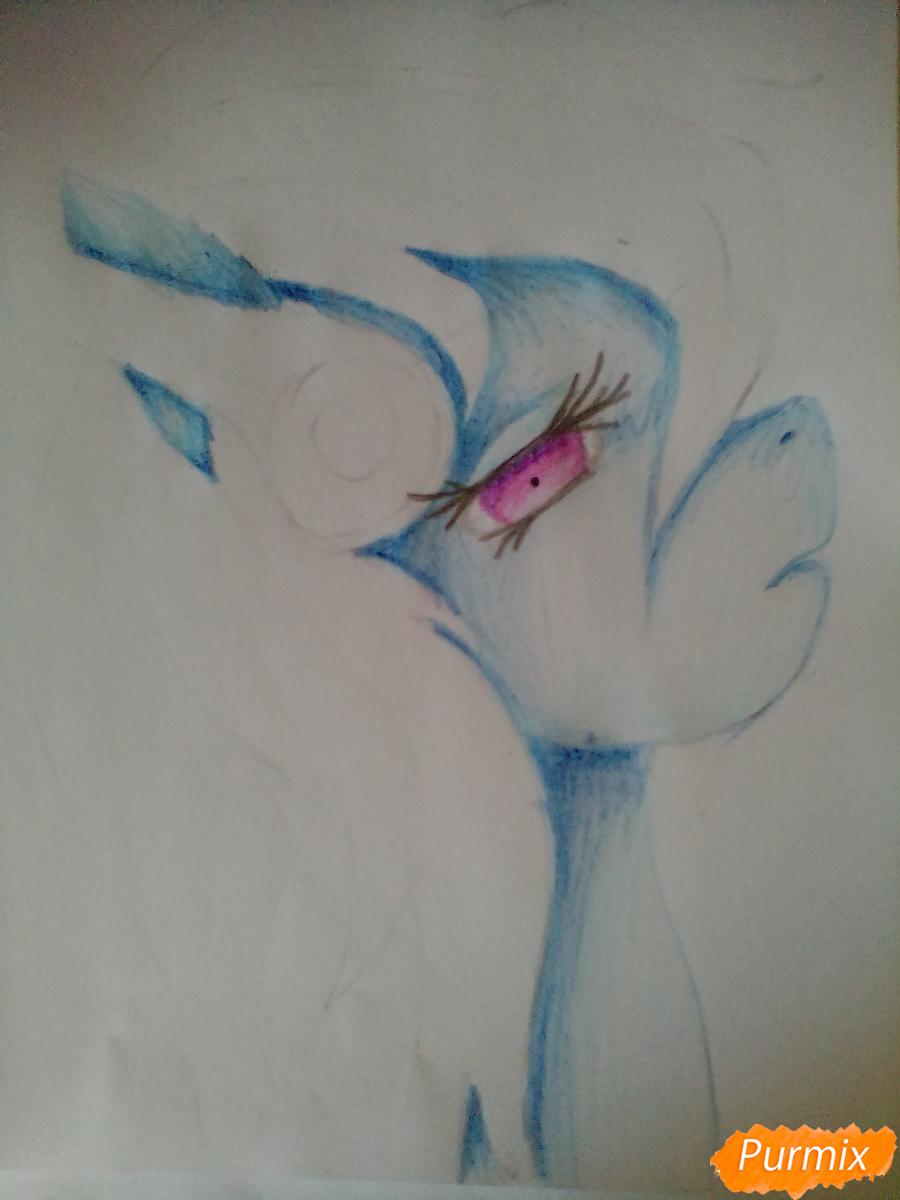 Рисуем и раскрасить портрет Радуги Деш в наушниках - шаг 4