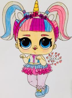 Фото куклу Лол с обручем Единорога карандашами
