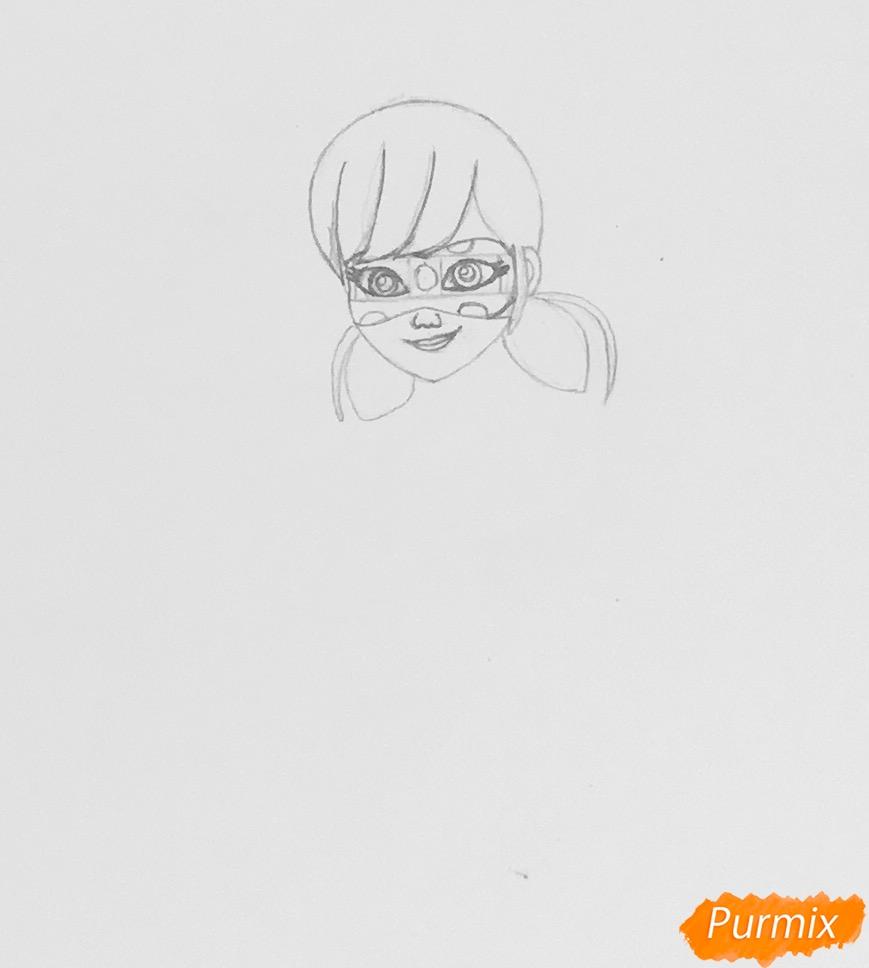 Рисуем Леди Баг из мультфильма Леди Баг и Супер Кот - шаг 3