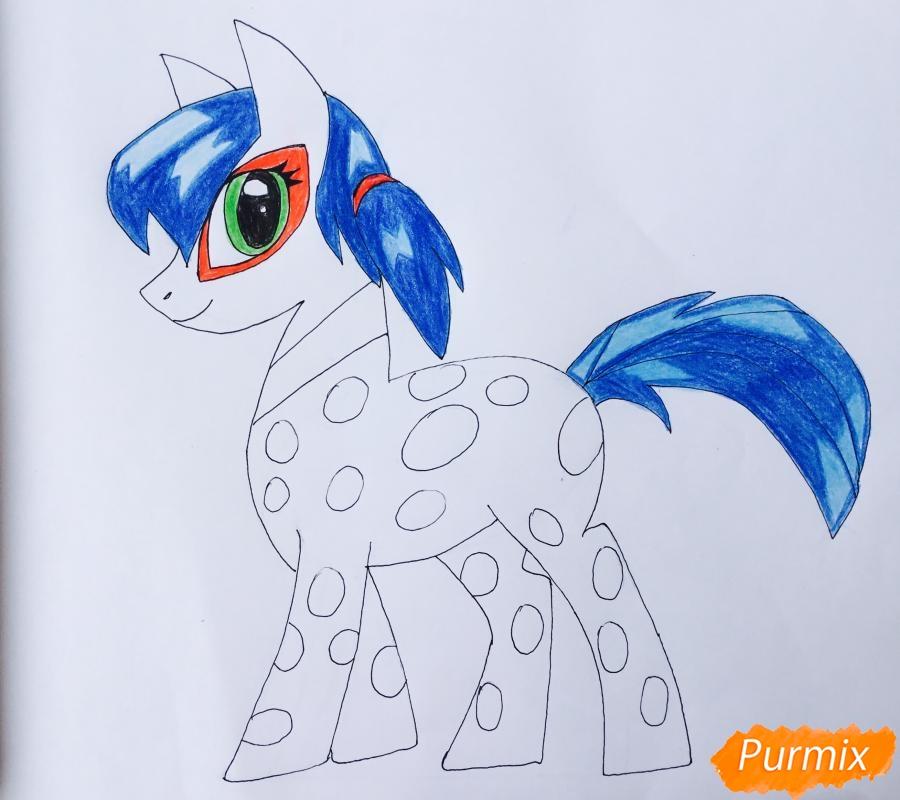 Рисуем Леди Баг в образе пони - шаг 10