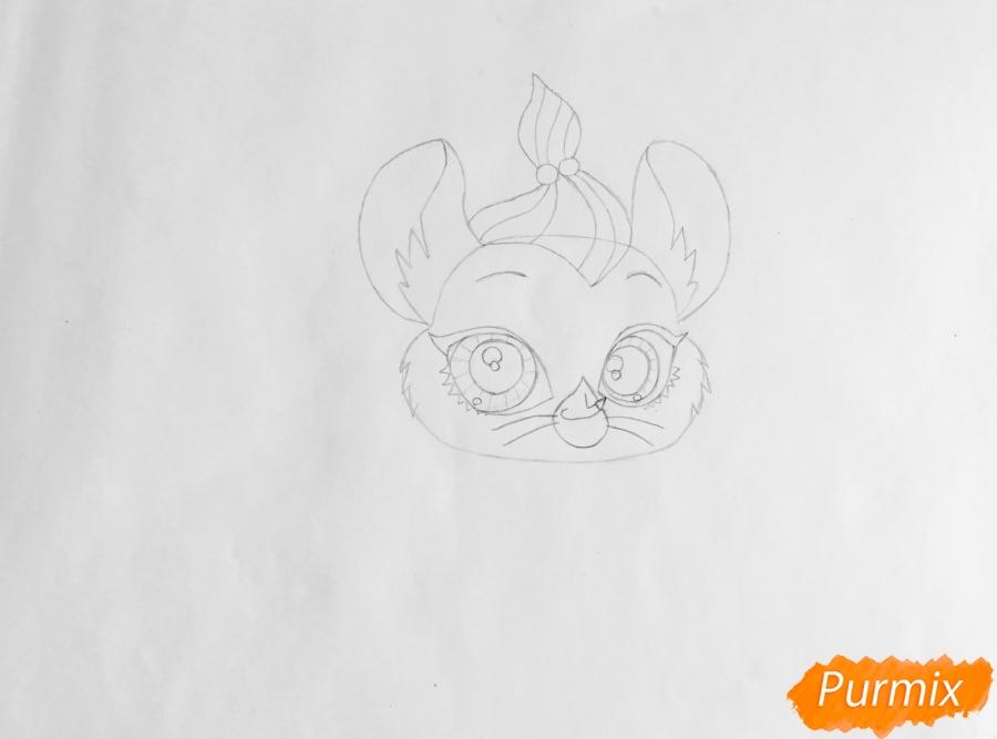 Рисуем мышку Вельвет из мультфильма My Littlest Pet Shop - шаг 3