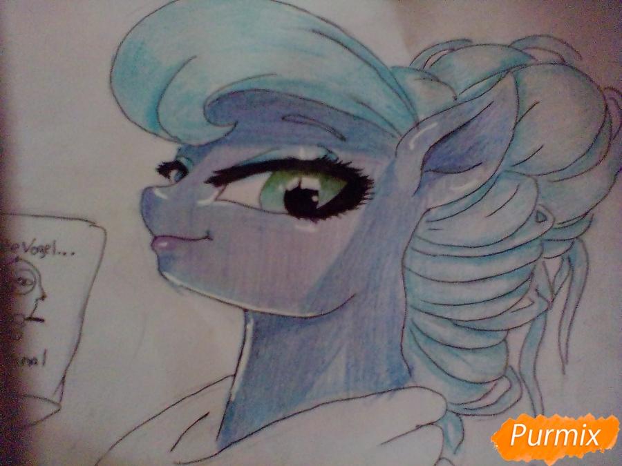 Рисуем пони Луна с чашкой - шаг 11