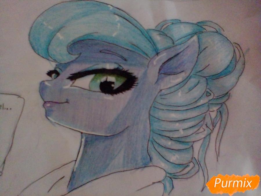 Рисуем пони Луна с чашкой - шаг 12