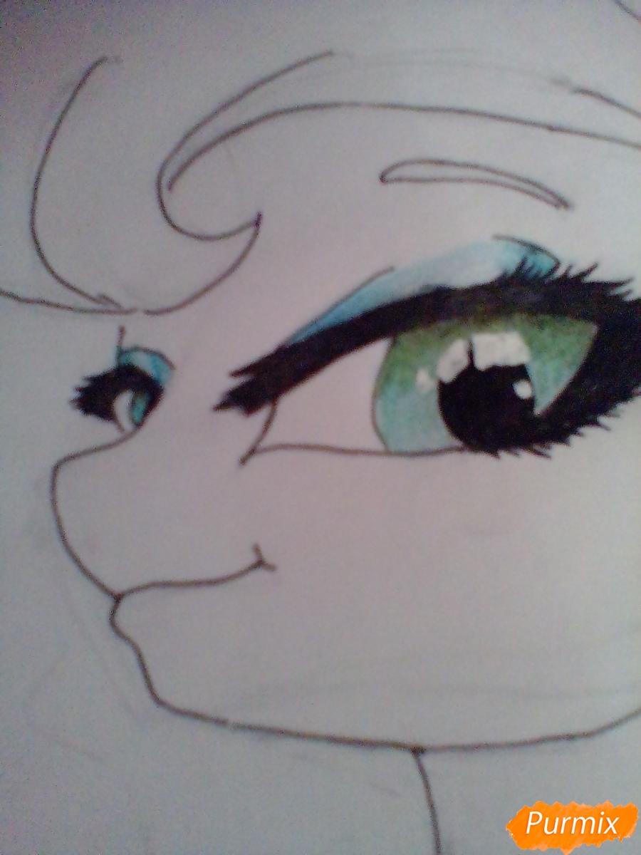 Рисуем пони Луна с чашкой - шаг 9